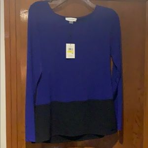 Calvin Klein NWT blue/black top